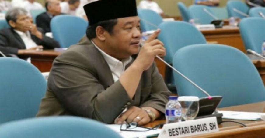 Bestari: Kebijakan Mencabut dan Menolak Reklamasi Bukan Pada Gubernur DKI
