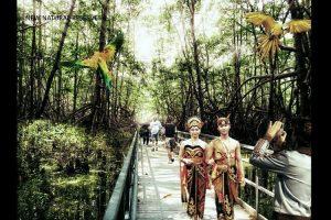 Preservasi area hijau dalam konsep reklamasi Jakarta Jaya: The Green Manhattan.(SHAU Architects)