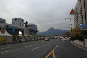 Salah satu sudut kota Seoul, Korea Selatan.(Bernardus Djonoputro)
