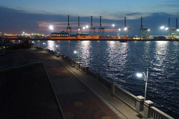 Proyek Tanggul Laut NCICD Ubah Kawasan Kumuh Jadi Indah